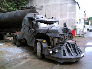 2 300x225 - کامیون های عجیب