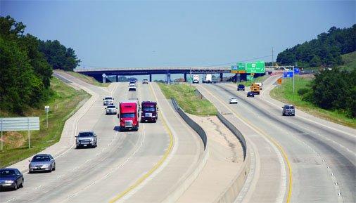 4 - پروژه های تبدیل بزرگراه به آزادراه در سطح کشور به زودی اجرا خواهد شد
