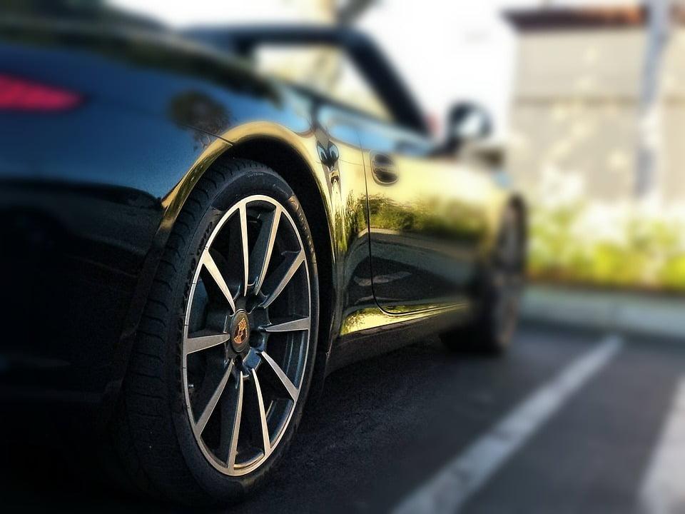 car tyre generic - لاستیک و نکات مهم در نگهداری اصولی  و افزایش عمر آن
