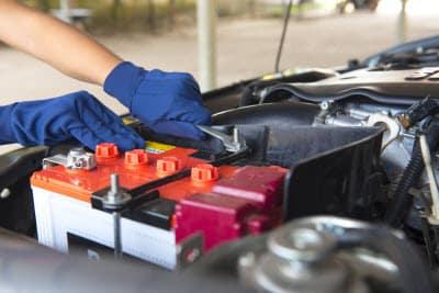 بهترین زمان برای تعویض باتری خودروی شما