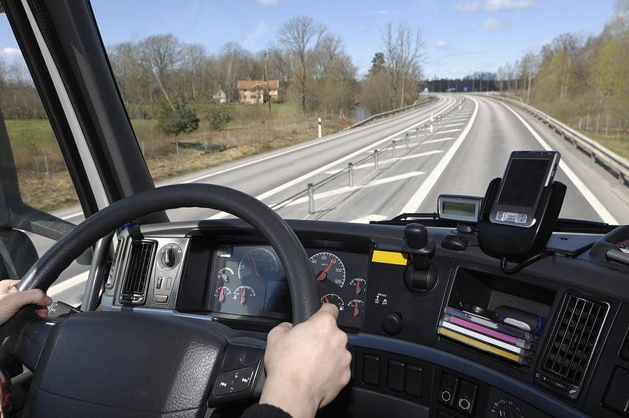 سلامت رانندگان وضعیت صنعت حمل و نقل را بهبود میبخشد