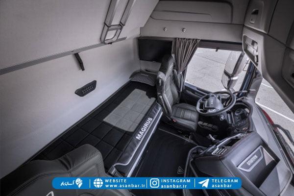 فضای داخلی کامیون ایویکو