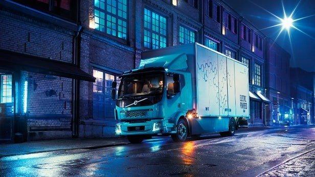 ولوو از کامیون تمام برقیاش رونمایی کرد