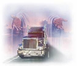 truck in hands 2 - دعای رانندگان، عاملی برای مثبتاندیشی و افزایش تمرکز (قسمت دوم)
