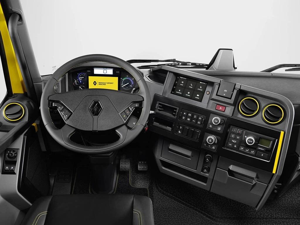 کامیون رنو RS، اسپرت و چابک