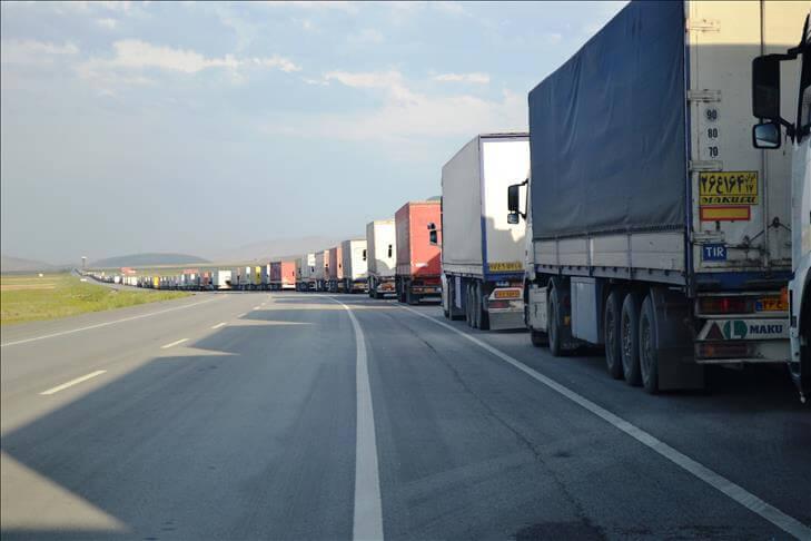 محدود شدن تردد در مرز ترانزيتي لطف آباد