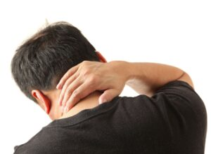 رهايي از گردن درد حاصل از رانندگي-آسان بار-آسان پديا