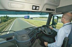 رهایی از گردن درد حاصل از رانندگی-آسان بار-آسان پدیا