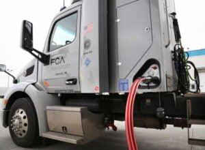 انتشار جزئيات گازسوز كردن 20 هزار خودروي سنگين-آسان بار-آسان پديا