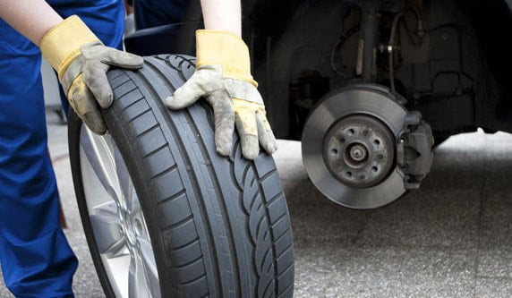 آسان پدیا-آنچه در مورد شغل رانندگی کامیون باید بدانیم