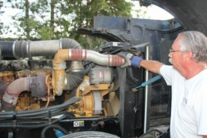 معیارهای انتخاب بهترین موتور برای کامیون